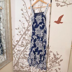 Dresses & Skirts - Vintage Navy and White Maxi Dress